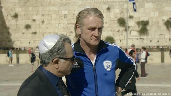 The 90 Minute War di Eyal Halfon: Palestina e Israele si giocano tutto a calcio. Recensione
