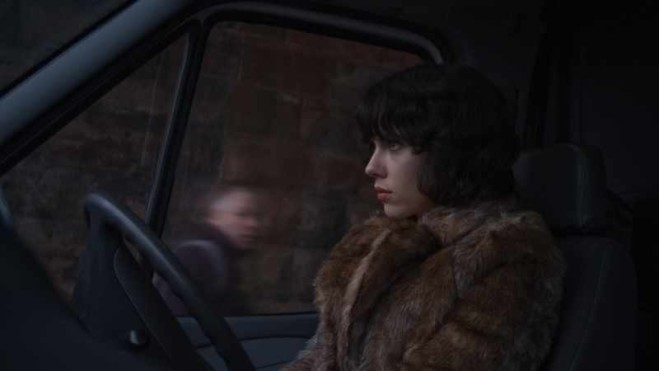 Under the Skin di Jonathan Glazer a Venezia 70: l'occhio alieno