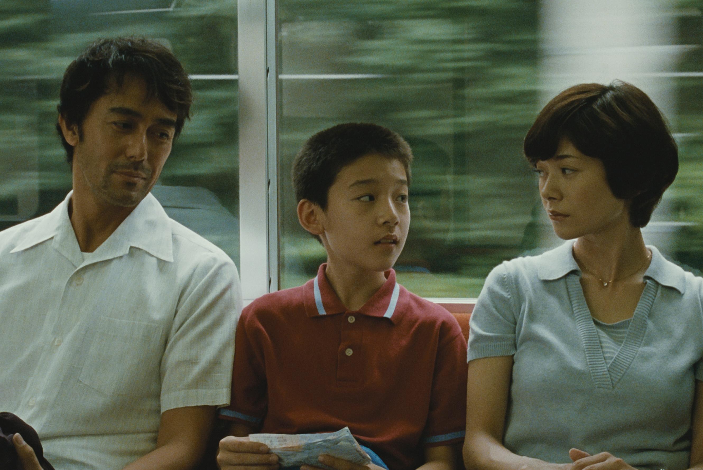 Ritratto di famiglia con tempesta di Hirokazu Kore'eda: la recensione