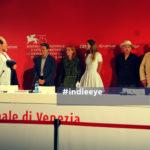 """Il cast, i produttori e il regista di """"At Eternity's Gate"""" a Venezia 75"""