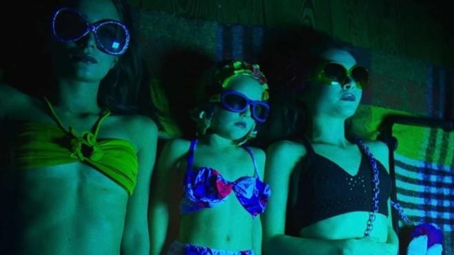 Buio di Emanuela Rossi: Guardalo e sostieni le sale cinematografiche