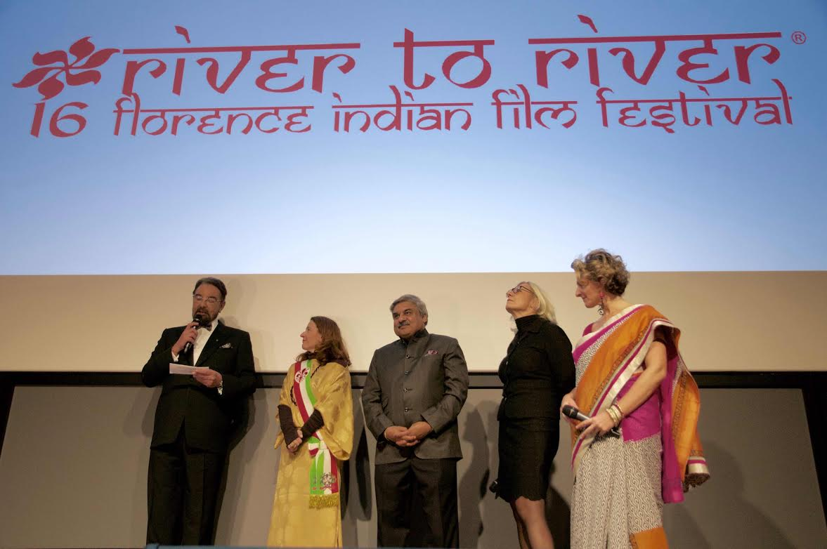 Kabir Bedi Ospite del River To River Florence Indian Film Festival: il video