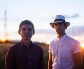 """Peter Brewis e Paul Smith: Field music e Maximo Park in """"Frozen By Sight"""""""