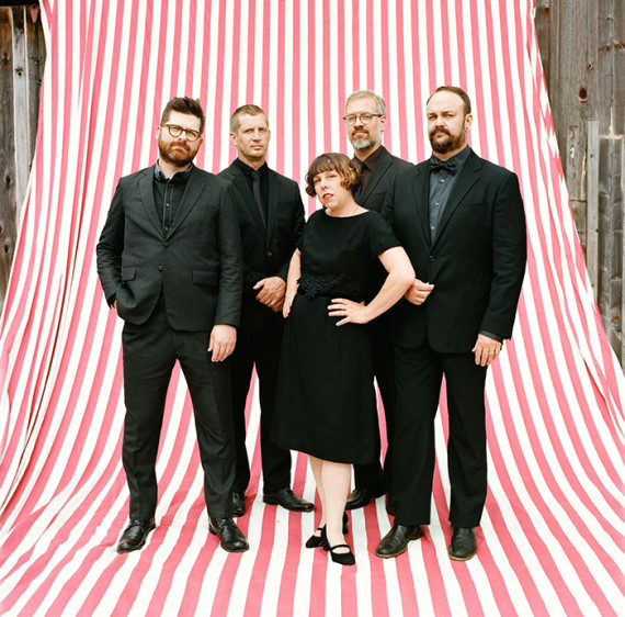 The Decemberists – What A Terrible World, What A Beautiful World: la recensione