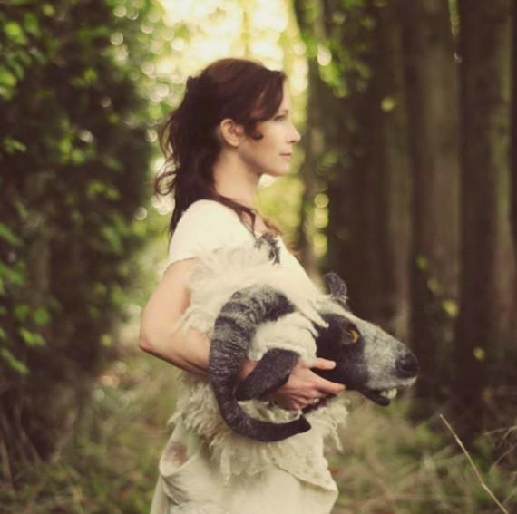 Il folk visionario di Lou Rhodes: l'intervista a l'altra metà dei Lamb