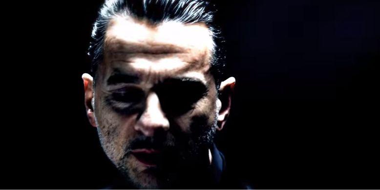 Null + Void feat. Dave Gahan – Where i Wait, il videoclip: l'intervista al regista Timothy Saccenti