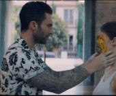 Maroon 5 – Wait: il videoclip diretto da Dave Meyers