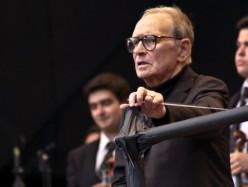 Ennio Morricone, parte da Firenze il nuovo tour: La storia dei brani più belli