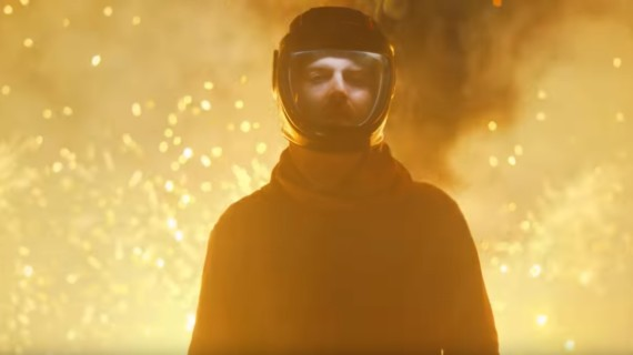 Il geniale Najeeb Tarazi dirige il nuovo video per Nick Murphy: Dangerous