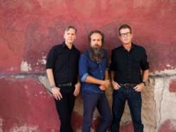 Calexico e Iron & Wine, live a Firenze 25 luglio: Cosa ci aspettiamo dal concerto alla Cavea del Maggio?