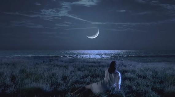 Paul Weller – On Sunset è il videoclip diretto da Martin Kovalenko
